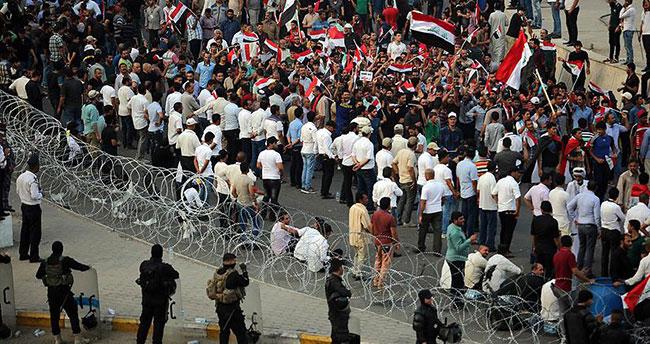 Irak'ta İbadi karşıtı gösteriler düzenlendi