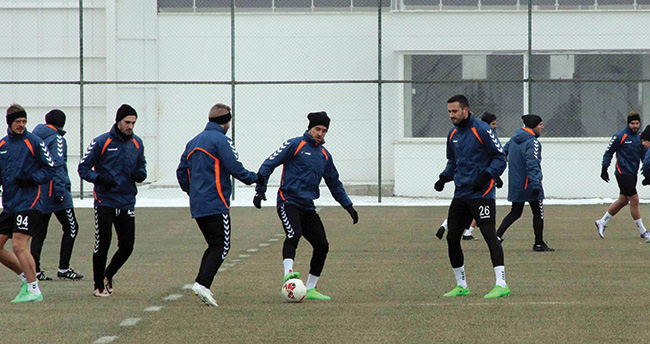 Torku Konyaspor Antalyaspor maçı hazırlıkları sürüyor