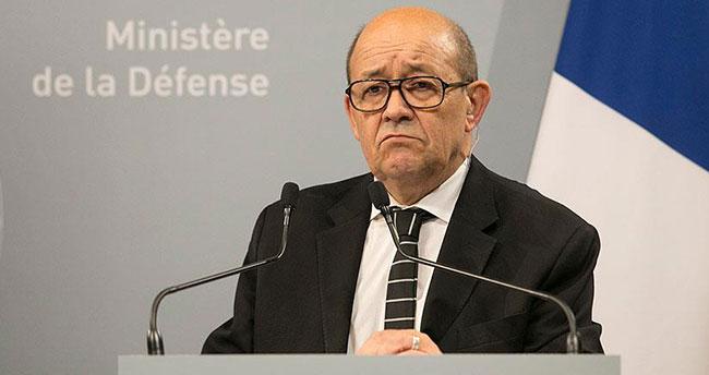 Fransa Savunma Bakanı Le Drian: DAEŞ Irak'ta geri çekiliyor