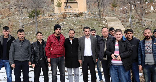 Hadimli gençlerden Seyyid Bayram Veli Türbesi'ne ziyaret
