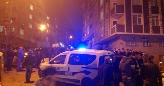 Eyüp'te kafeye silahlı saldırı: 4 yaralı