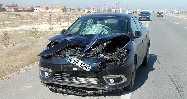 Konya'da otomobil çocuğa çarptı