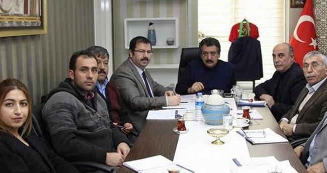 2016'da Cihanbeyli'ye yapılacak yollar konuşuldu