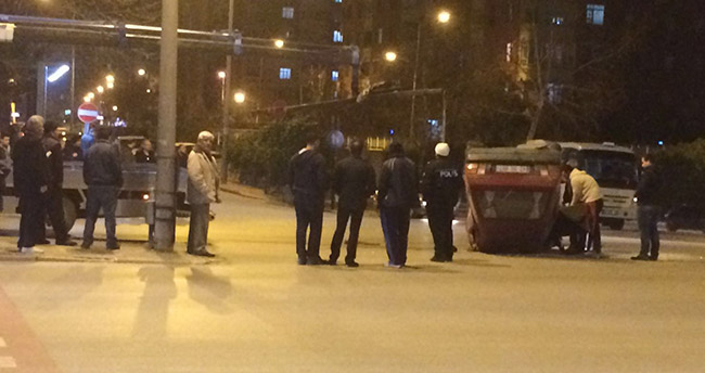 Konya'da otomobil takla attı