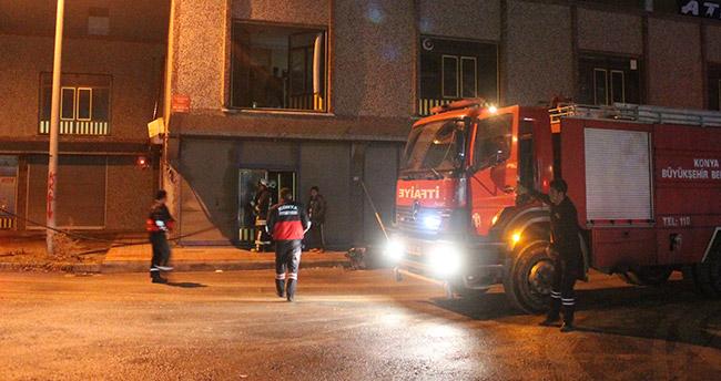 Konya'da kundura imalathanesinde korkutan yangın