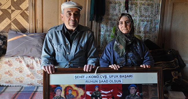 Konya'da şehit babası, şehit oğlunun maaşı ile burs veriyor