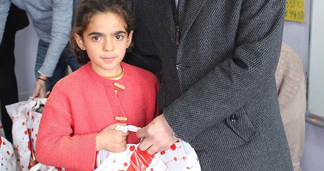 Konya'da üniversite öğrencilerinden eğitime destek