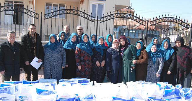 Konya'da ihtiyaç sahibi 160 aileye gıda yardımı