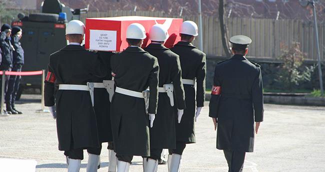 Şehit Yüzbaşı Fatih Yaşar'ın naaşı Konya'da