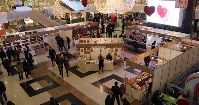 Geleneksel El Sanatları Sergisi Konya'da açıldı