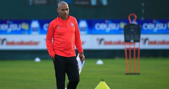 Antalyaspor Teknik Direktörü Morais takımının başına geçti