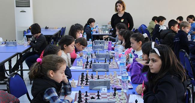 Konya'da satranç şampiyonları belli oldu