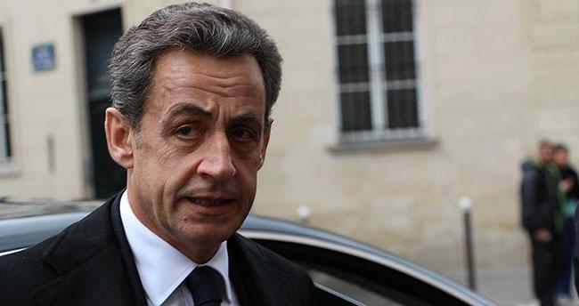 Sarkozy hakkında yine dava açıldı