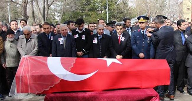 Ankara saldırısında şehit olan Ayşegül Pürnek Kayseri'de toprağa verildi