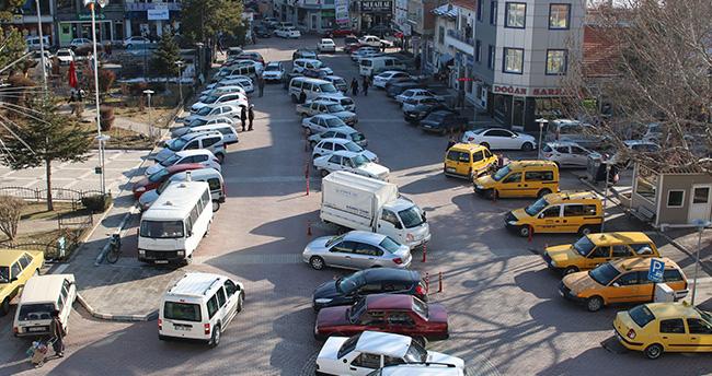 Beyşehir'de otopark sorunu çözüm bekliyor