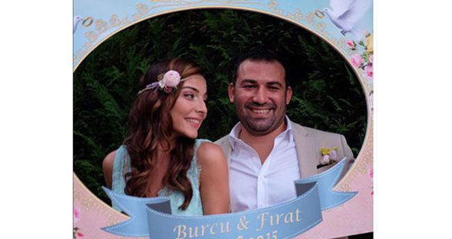 Burcu Kara evlendi