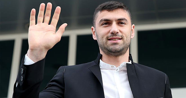 Galatasaray Burak Yılmaz'ın transferini borsaya bildirdi