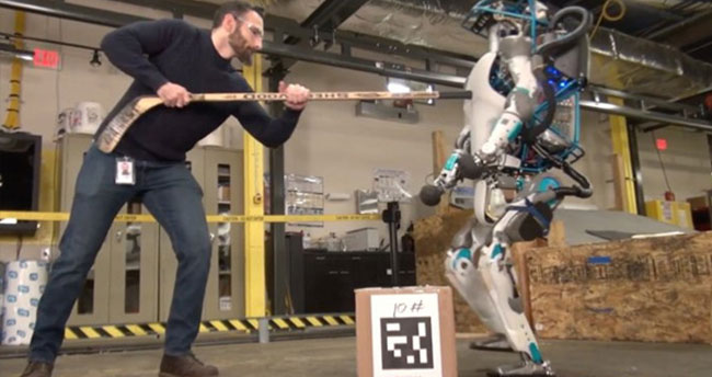 Atlas Robot doğaya salındı!