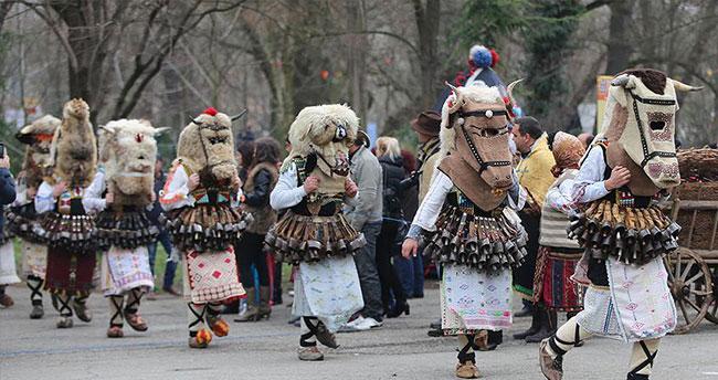 Bulgaristan'da Kukerlandia festivali düzenlendi