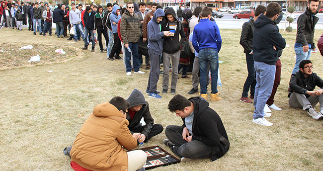 Konya'da kupa maçı izdihamı