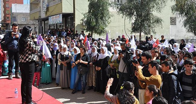 Figen Yüksekdağ 8 Mart Dünya Kadınlar günü hakkında bir konuşma yaptı