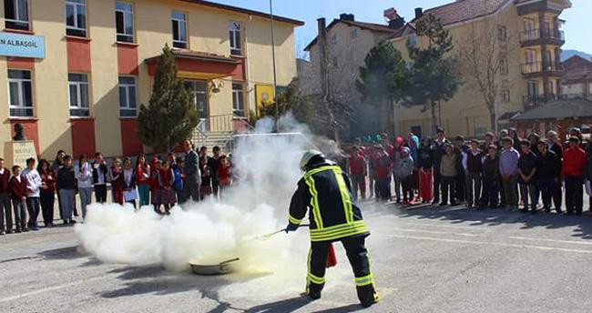 Konya'da yangın tatbikatı gerçeğini aratmadı