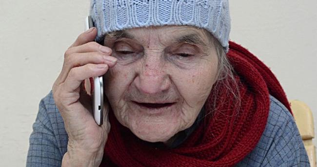 Yaşlıların yüzde 15'i ambulans çağırmayı bilmiyor