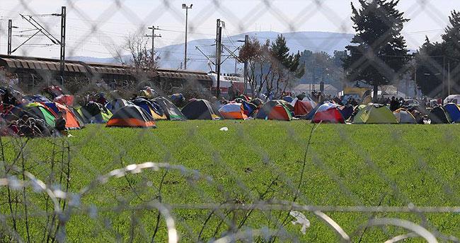 STK'lardan Avrupalı siyasilere 'sınırları açın' çağrısı