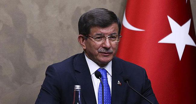 Başbakan Davutoğlu: CHP'lilerin özür borçları var