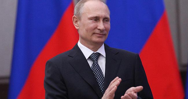 Rusya'da 'Soykırımı inkar yasası' rafa kalktı