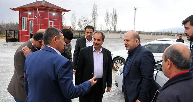 AK Parti Konya Milletvekili Baloğlu et entegre tesisini gezdi