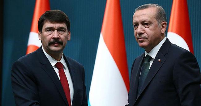Macaristan Cumhurbaşkanı Ader'den, Erdoğan'a taziye mesajı