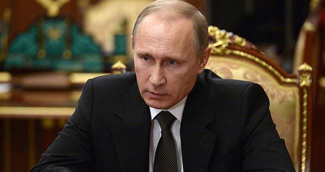 Putin Suriye'deki Rus güçlerini çekiyor
