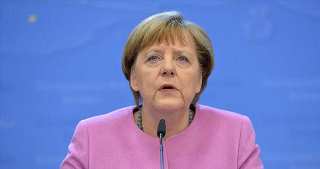 Almanya Başbakanı Merkel: Türkiye ne kadar takdir edilse azdır
