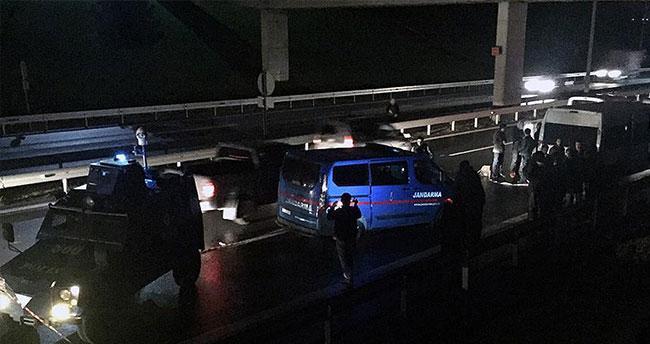 İzmir'de askeri araca silahlı saldırı