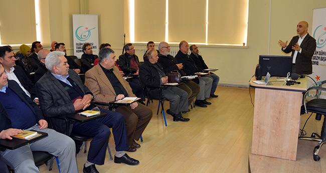 Konya'da esnafa etkili iletişim eğitimi
