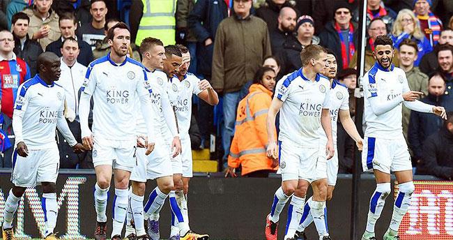 Leicester City puan farkını açtı