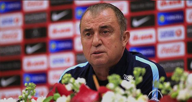 Türkiye Futbol Direktörü Terim: Bizi bölemez birliğimizi bozamazsınız