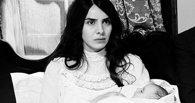 Nur Fettahoğlu bu kez dizide anne oldu