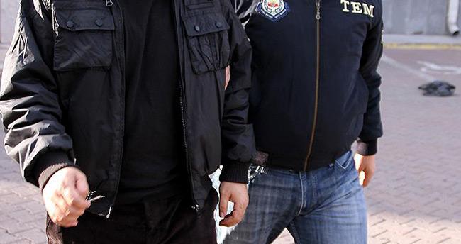 Türkiye'ye girmeye çalışan 2 DAEŞ'li yakalandı