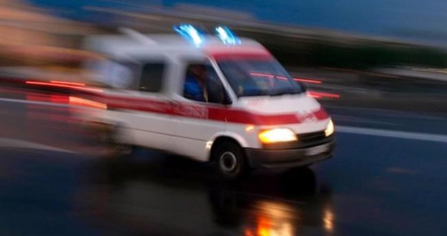 Aksaray'da otomobil devrildi: 1 çocuk öldü, 3 yaralı