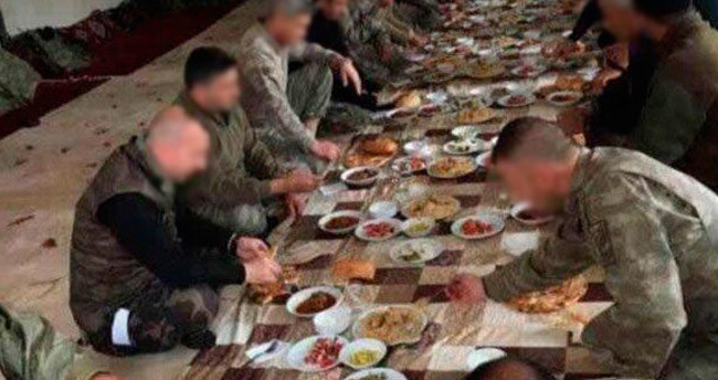 Askere yemek verdiği için eleştirilen vatandaştan sert tepki
