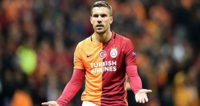 Podolski Galatasaray'dan Ayrılıyor – İşte Podolski'nin Yeni Takımı