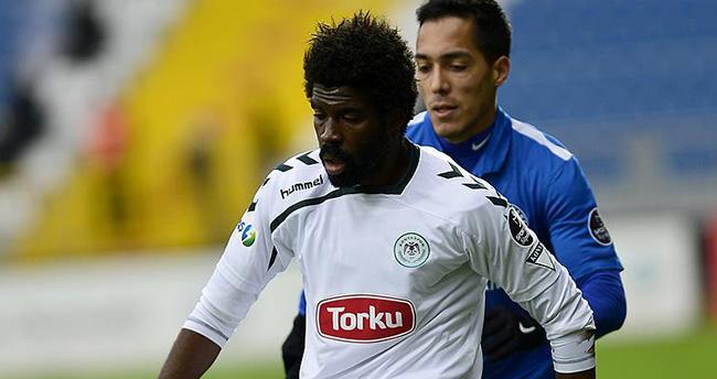 Torku Konyaspor'da Mbamba'nın sözleşmesi uzatıldı