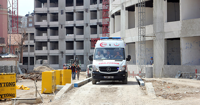 Konya'da 9. kattan düşen işçi öldü