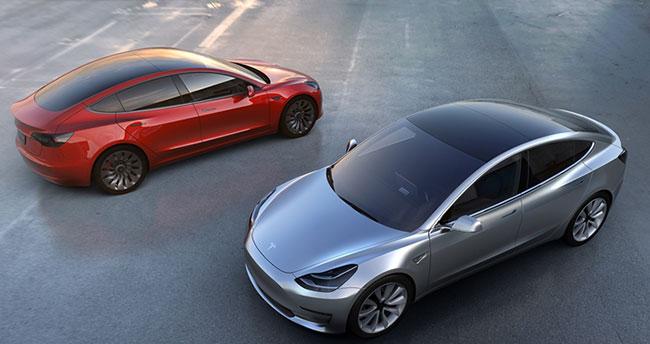 Tesla Model 3 Şimdiden Kapış Kapış Gidiyor!