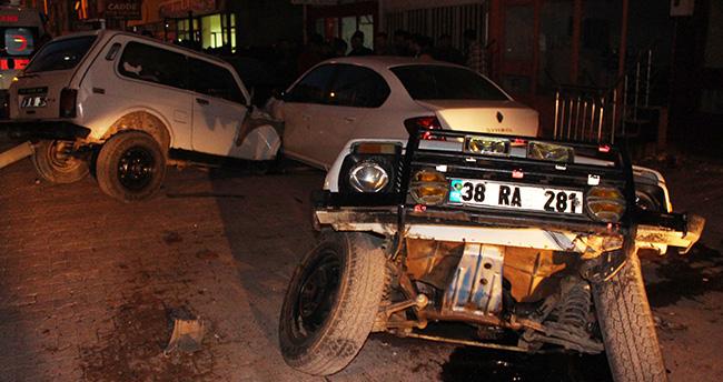 Konya'da otomobil cipe çarptı: 2 yaralı