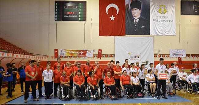 Uluslararası 2. Enes Cup Bedensel Engelliler Turnuvası Konya'da başladı