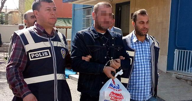 Konya'da 3 kişinin katili alkışlarla cezaevine uğurlandı