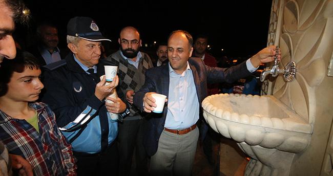 Konya'da ikram çeşmesinden sıcak süt